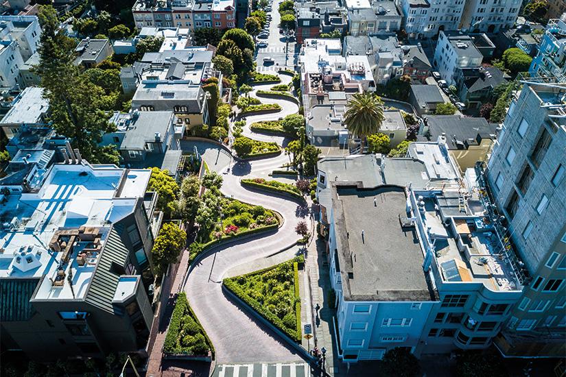 image 1 Vue aerienne de la rue Lombard a San Francisco 36 as_163738644