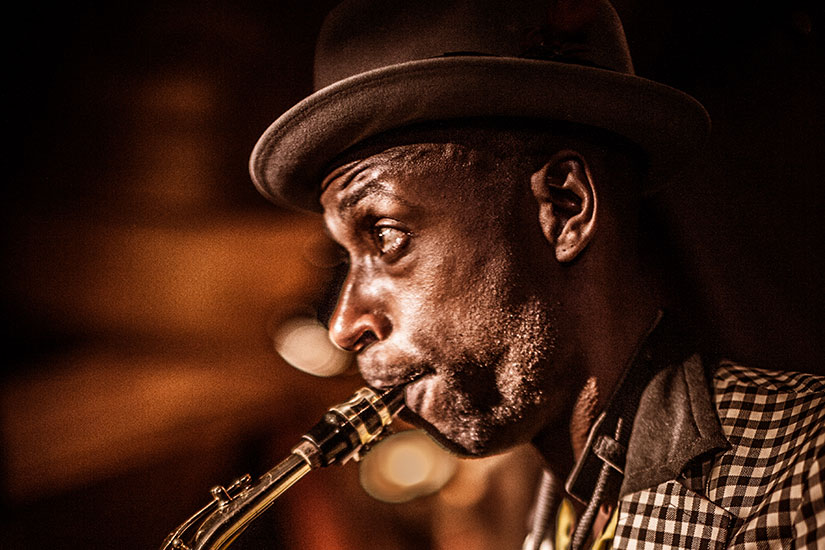 image Saxophoniste jazz  it