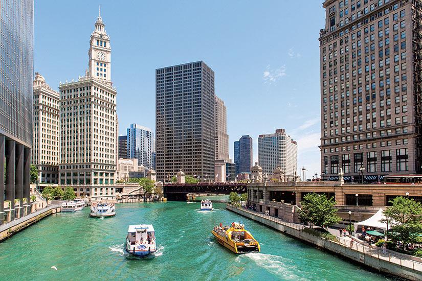 image USA Chicago bateaux sur lac Michigan  fo