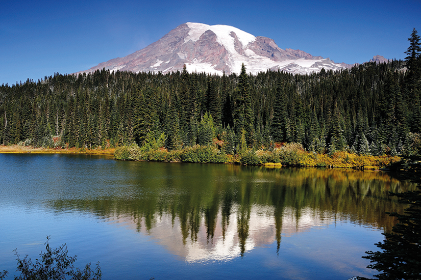 image USA Mount Rainier with reflection 92 as_18333861