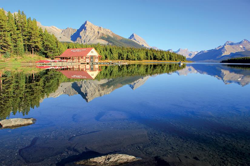 (image) image Lac Maligne dans le parc national Jasper Alberta Canada 25 as_71626117