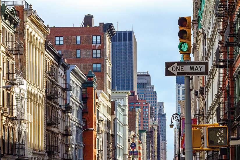 (image) image Manhattan batiments le long d une avenue a SOHO la ville de New York 13 as_123180236